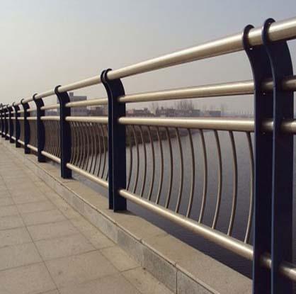 河道防撞栏杆安装